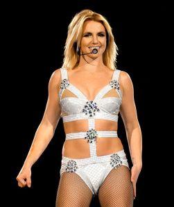 Britney Spears auf iher Europa-Tournee Femme Fatal 2011