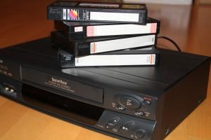 Vom damaligen Zirkusbesuch hatte ich noch eine Videoaufnahme auf VHS-Kassette