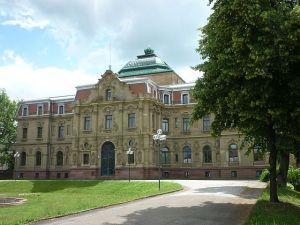 Ehemaliges Erbgroßherzogliches Palais, heute Hauptgebäude des BGH, Karlsruhe