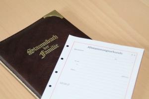Stammbuch der Familie - Geburtsurkunde