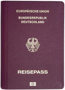 Deutscher Reisepass mit Biometriedaten